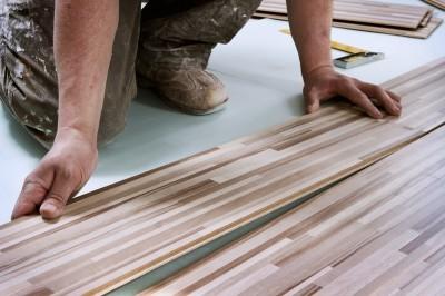 Správná pokládka usnadní údržbu a zvýší životnost vaší laminátové podlahy